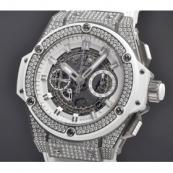 ウブロ 腕時計スーパーコピー キングパワー ウニコ チタニウム ホワイト パヴェ701.NE.0127.GR.1704