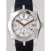 ロジェ・デュブイ時計スーパーコピー キングスクエアzSE43 14 9/0 3.53R メンズ価格