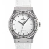時計ウブロ スーパーコピーチタニウムホワイトダイヤモンド 542.NE.2010.LR.1204