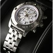 ブライトリング時計スーパーコピー ウインドライダー クロノマット44 A012A90PA 白文字盤