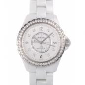 シャネル時計スーパーコピーH3111 ホワイト人気セラミック ホワイト 8Pダイヤモンド ベゼルダイヤ