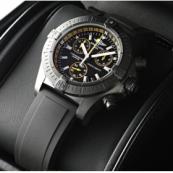 ブライトリング時計スーパーコピー アベンジャーシーウルフクロノ ブラックスティール M739B87RPB