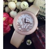 シャネルコピー石英女性のサファイアの鏡面腕時計