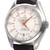 ブランド時計オメガ 人気 シーマスター アクアテラ GMT 231.13.43.22.02.004