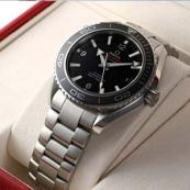 ブランド オメガ 腕時計スーパーコピー通販 シーマスター プラネットオーシャン ビッグサイズ 232.30.46.21.01.001