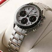ブランド オメガ 腕時計スーパーコピー通販 スピードマスター デイト 323.30.40.40.04.001