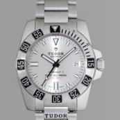 チュードル 腕時計スーパーコピー ハイドロノートII 3列ブレス シルバー 20040